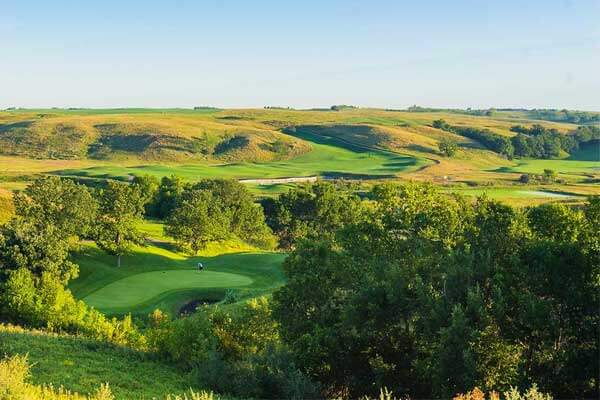 Hawktree-Golf-Course-North-Dakota-USA