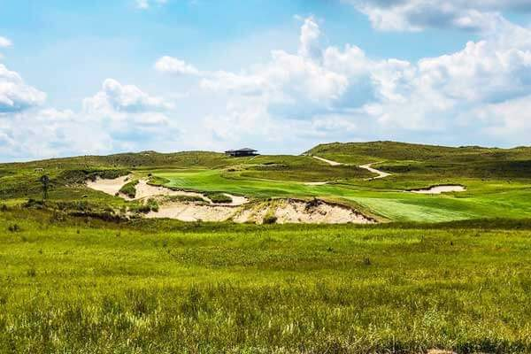 Sand-Hills-Golf-Club-Nebraska-USA