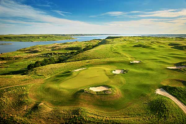 Sutton-Bay-Golf-Course-South-Dakota-USA